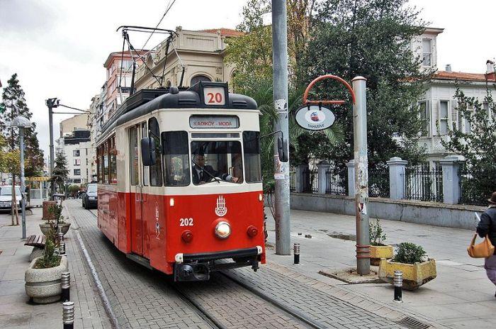 Kadiköy Moda Tram