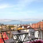 isola guesthouse